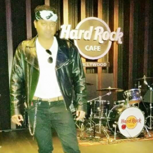 Kiran Roy invited to perform at Hard Rock Cafe Hollywood, Los Angeles.