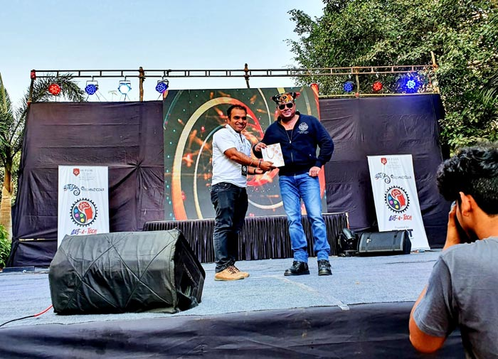 Kiran Roy Felicitated and invited as a Guest of Honour at DY Patil University 1.2.2020